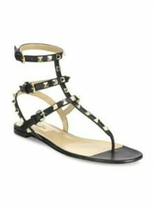 Rockstud Ankle-Strap Leather Thong Sandals