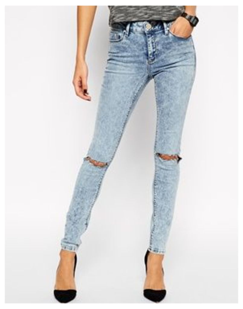 ASOS Lisbon Skinny Mid Rise Jeans in Daydreamer Wash With Busted Knees - Light blue