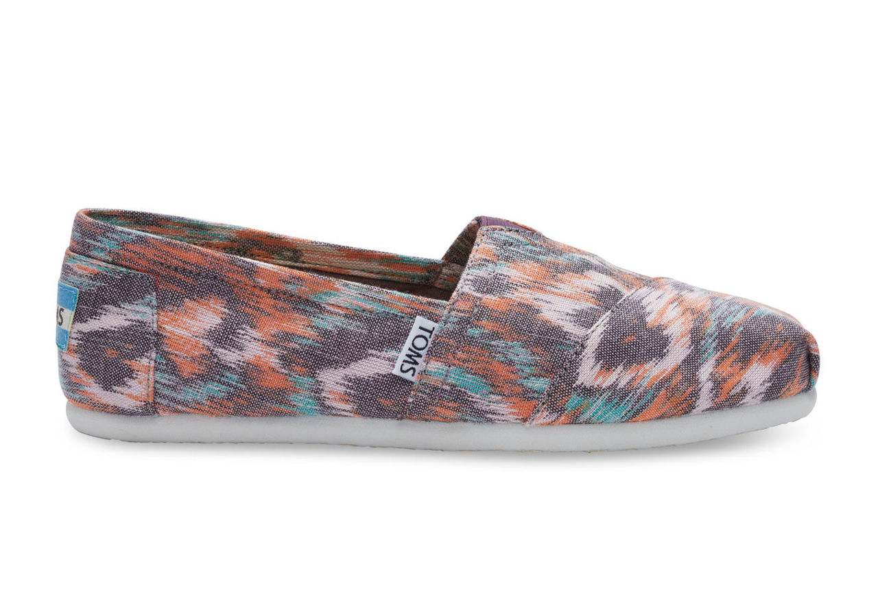 Watercolor Multi Canvas Ikat Women's Classics