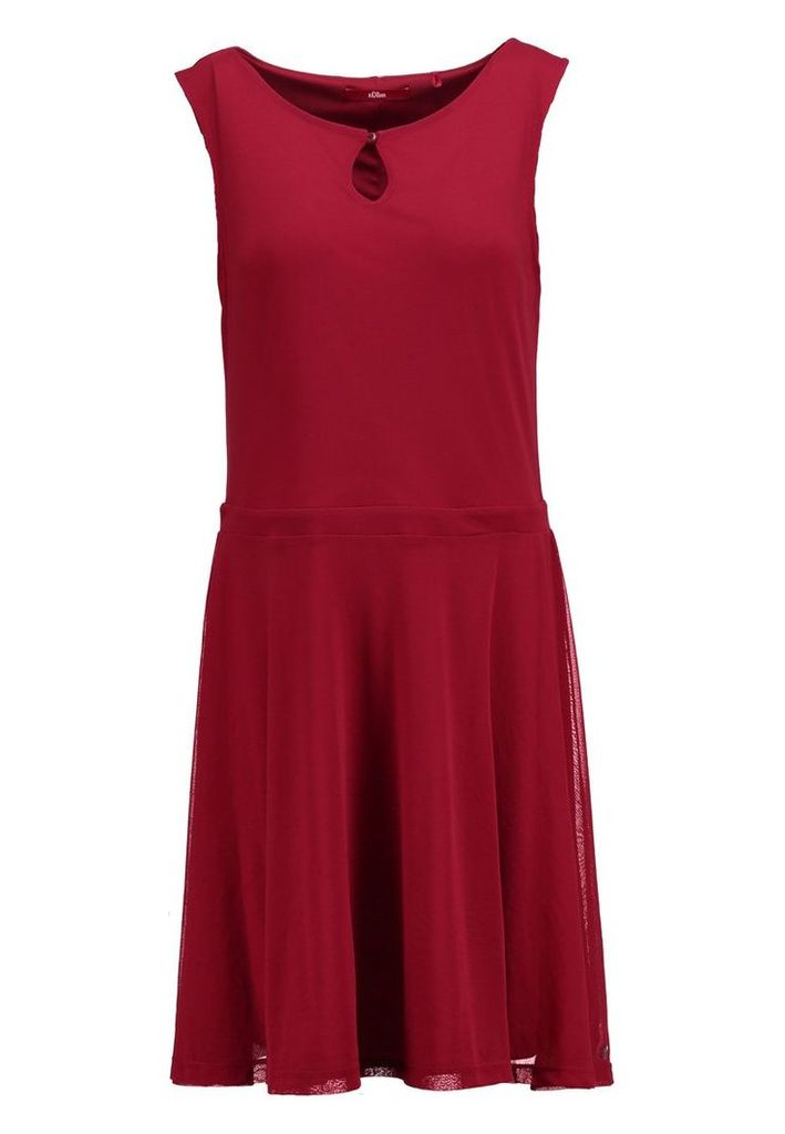 s.Oliver Jersey dress rouge