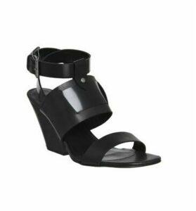 Poste Mistress Nyla Block Heel Sandal BLACK LEATHER WOOD HEEL