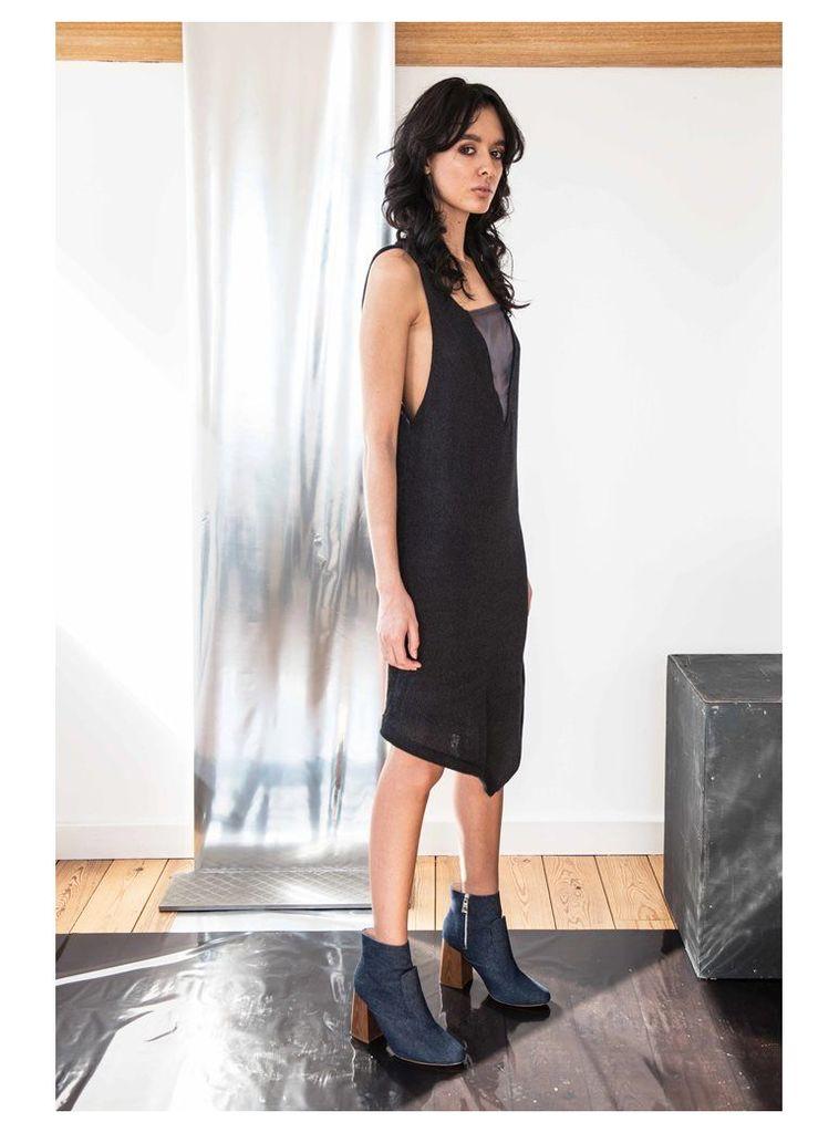 BLACK V-NECK DRESS WITH NAVY ORGANZA INSERT - Small