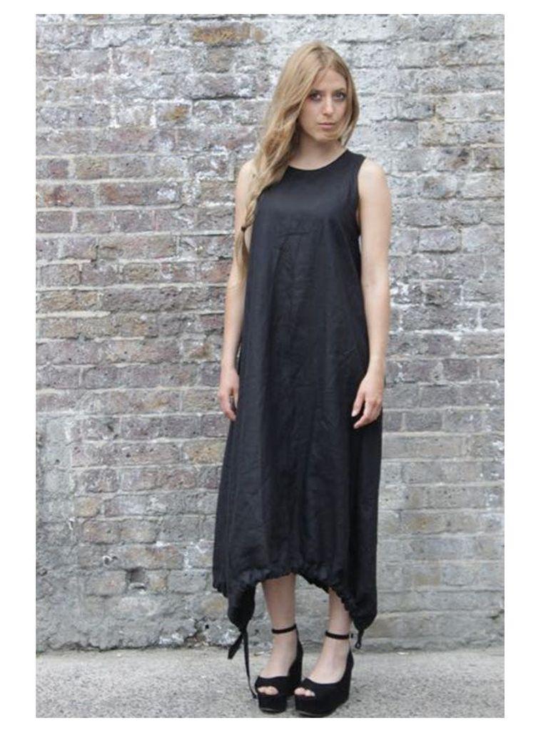 Parachute black maxi dress - S,M,L.