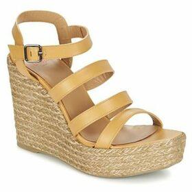 Castaner  ZAYNA  women's Sandals in Beige