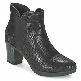 Betty London  FILIOUTI  women's Low Ankle Boots in Black