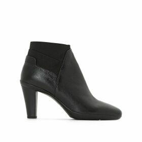 INSPIRAT Heeled Boots