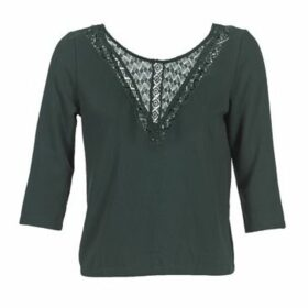 Betty London  FENDRICK  women's Blouse in Green