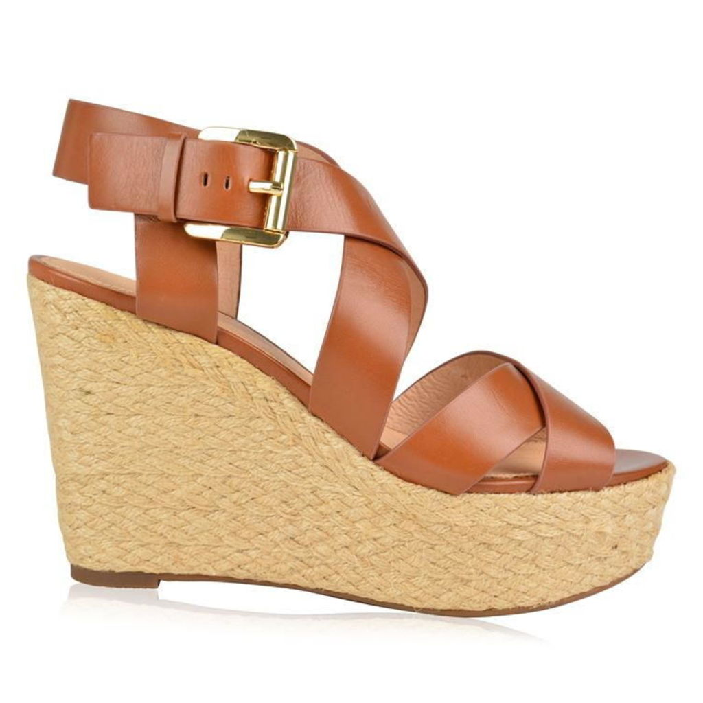 Celia Wedges