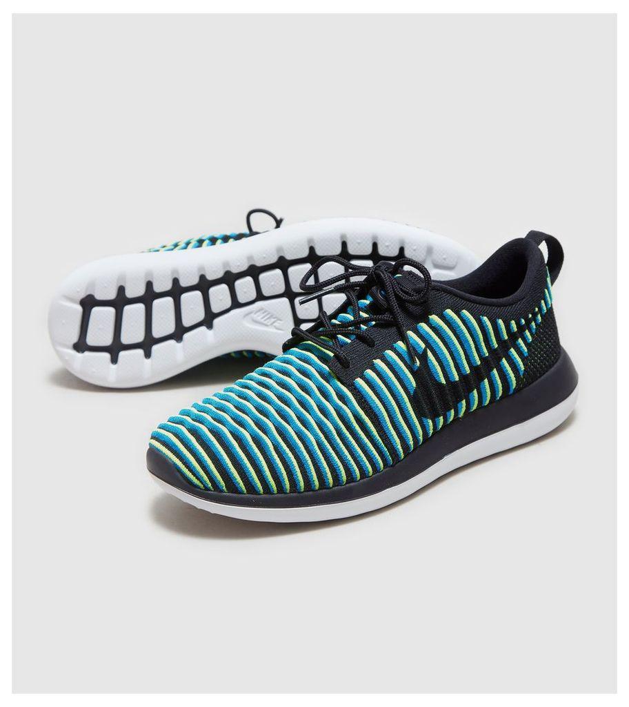 Nike Roshe 2 Flyknit Women's, Black/Blue