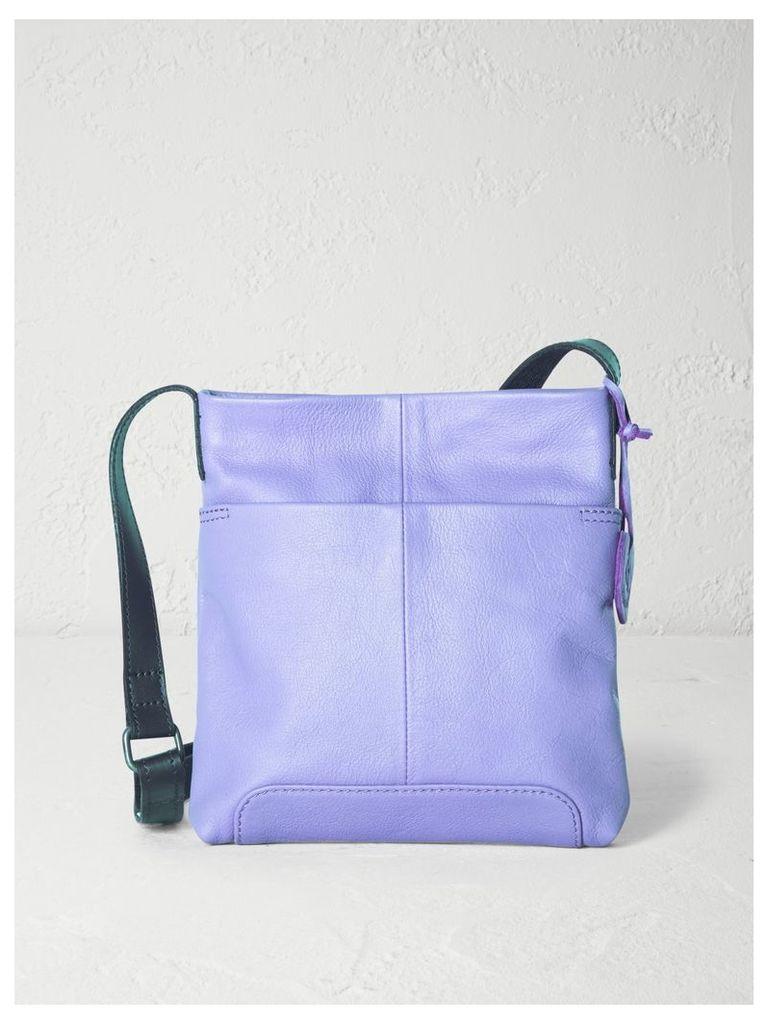 SMALL ISSY CROSSBODY BAG