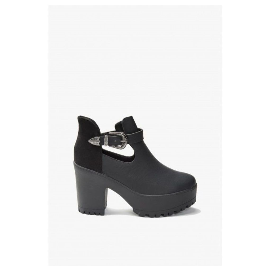 PALLAS WESTERN CUT OUT ANKLE BOOT