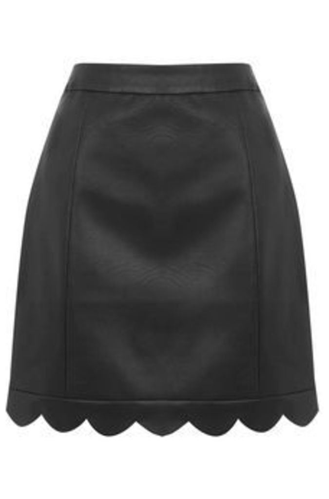 FAUX LEATHER SCALLOP SKIRT