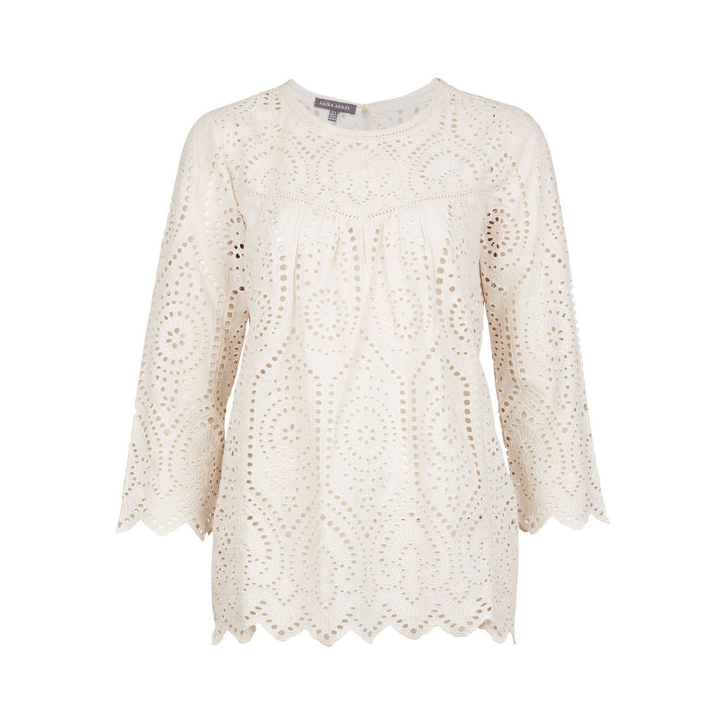 Broderie Anglaise Scallop Top