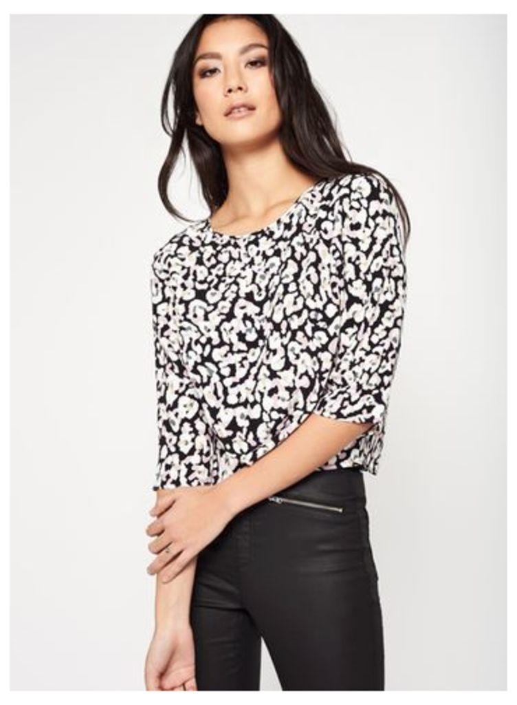 Womens Leopard Print Wrap Back T-Shirt, Assorted