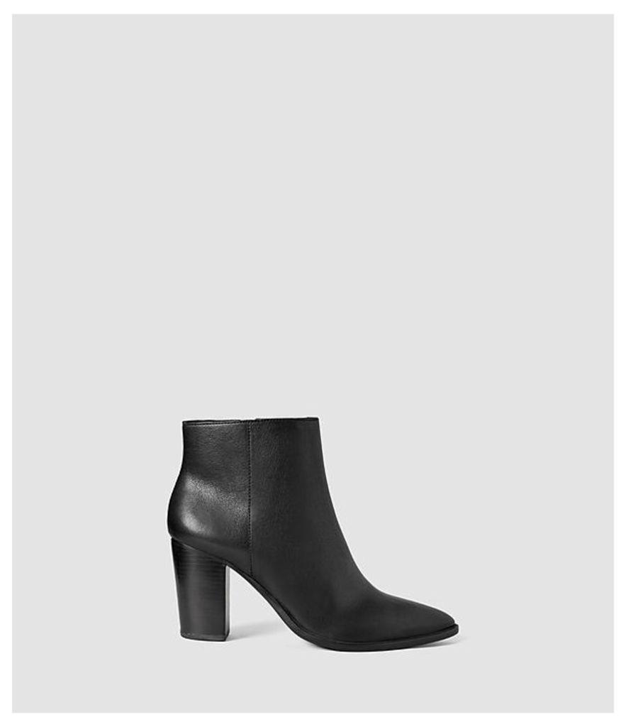 Iris Heel Boot