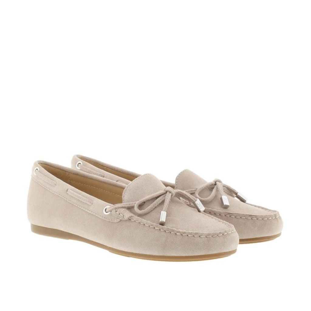 Michael Kors Loafers & Slippers - Sutton Mocassin Suede Cement - in beige - Loafers & Slippers for ladies