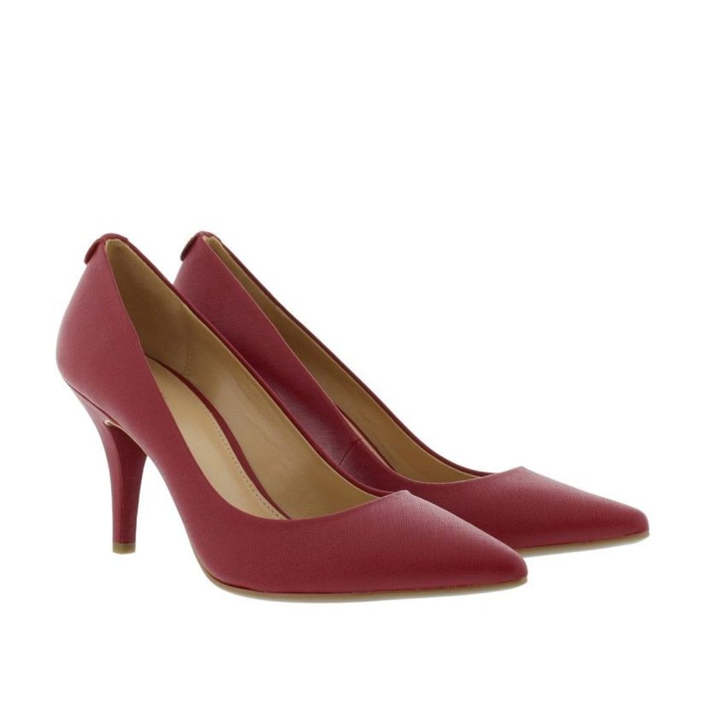 Michael Kors Pumps - MK-Flex Mid Pump Saffiano Leather Cherry - in red - Pumps for ladies