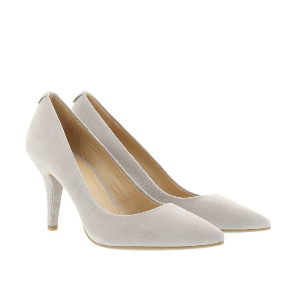 Michael Kors Pumps - MK-Flex Mid Pump Suede Pearl Grey - in grey - Pumps for ladies