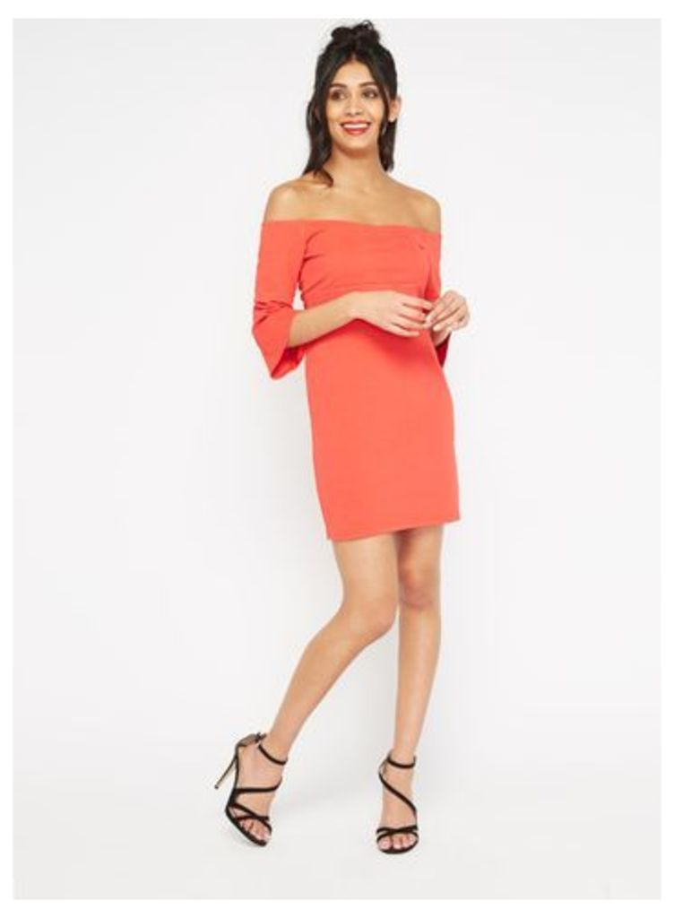 Womens PETITE Flute Sleeve Dress, Red
