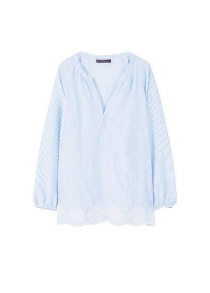 Openwork hem blouse
