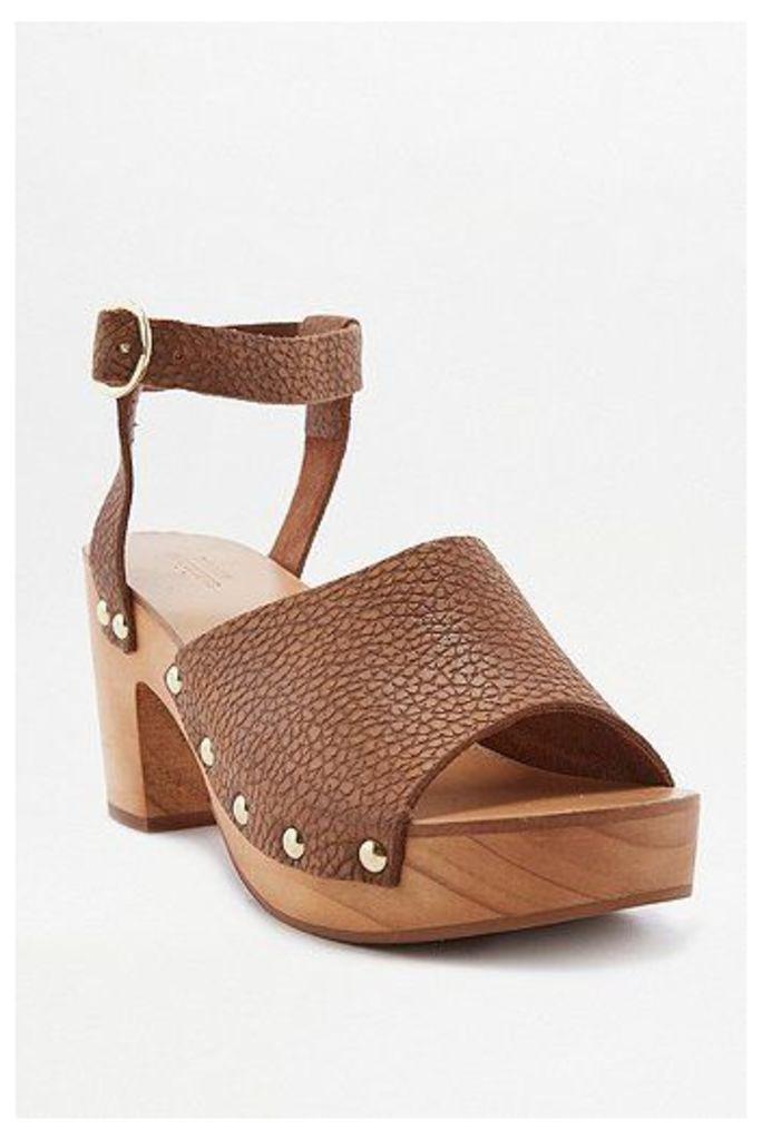 Lucy Tan Wooden Heels, Brown
