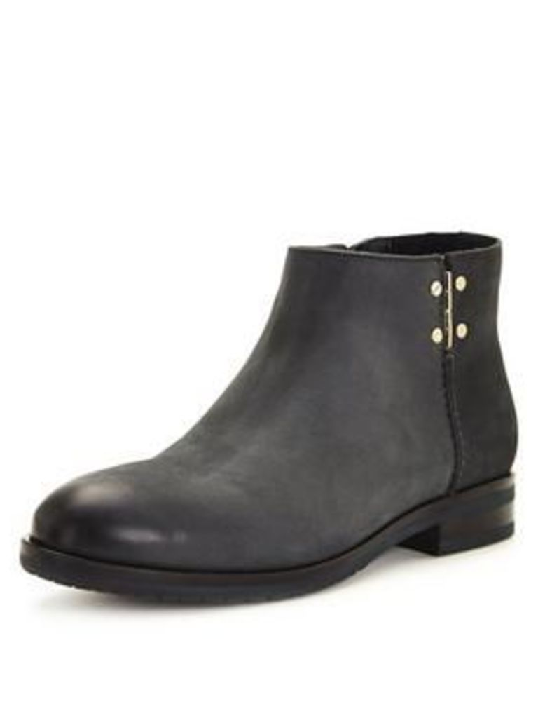 Tommy Hilfiger Berry Leather Ankle Boot
