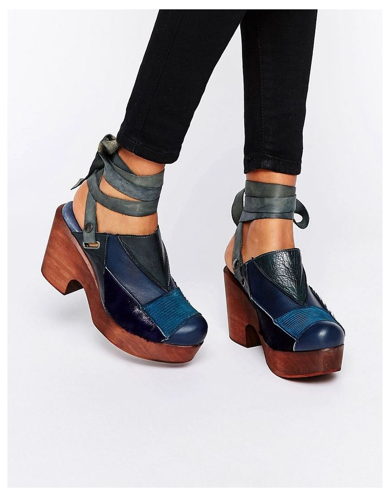 Free People Into the Patchwork Navy Denim Clog - Navy
