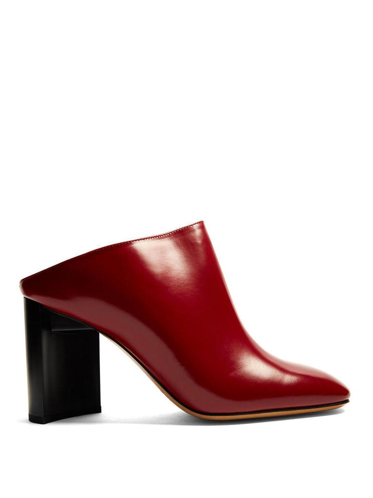 Block-heel leather mules