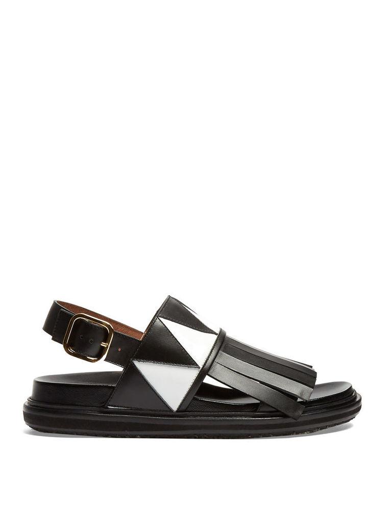 Fusbett fringed sandals
