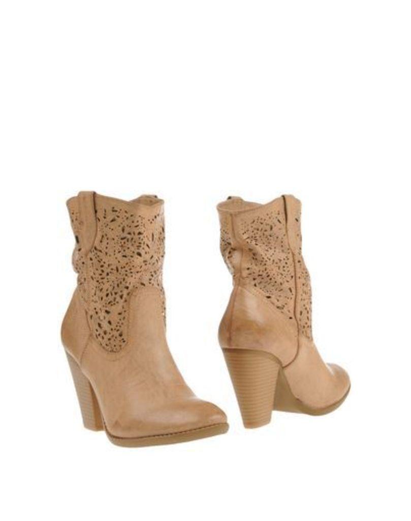 FRANCESCO MILANO FOOTWEAR Ankle boots Women on YOOX.COM
