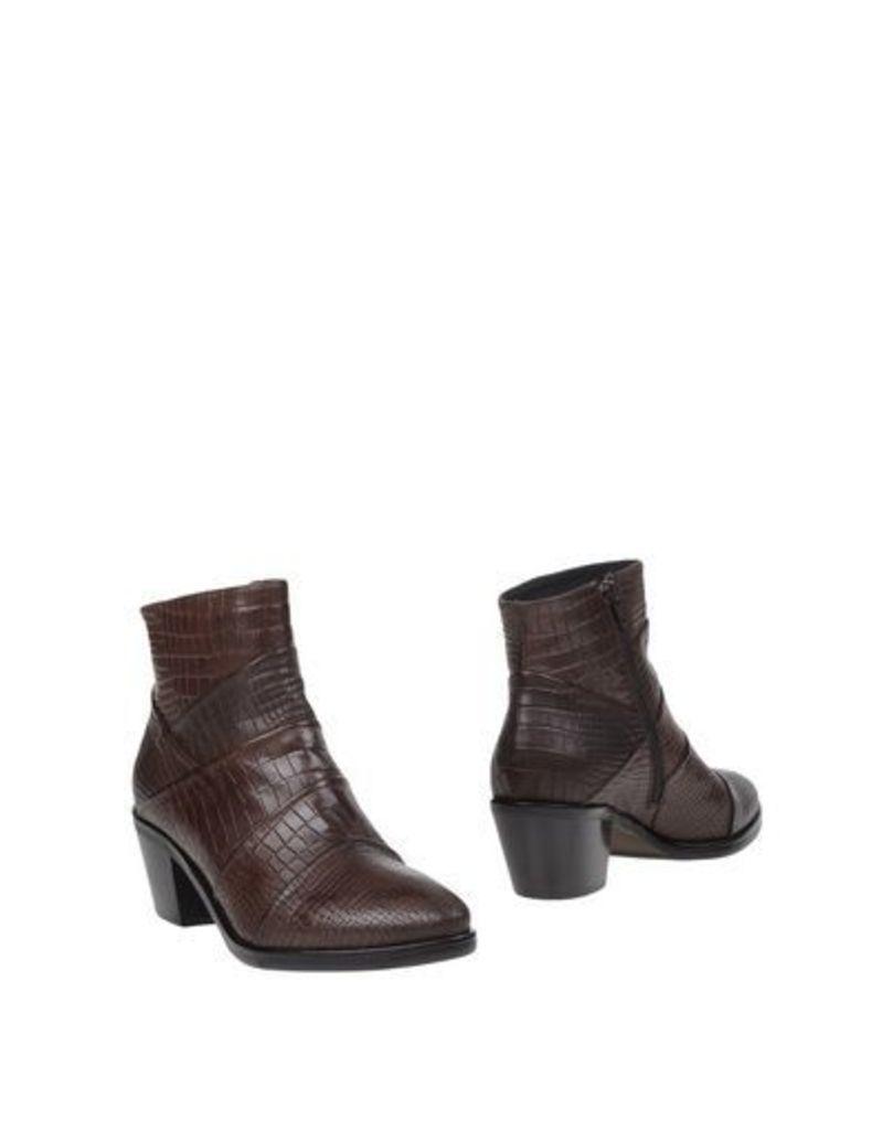 DÉNOUÉE FOOTWEAR Ankle boots Women on YOOX.COM