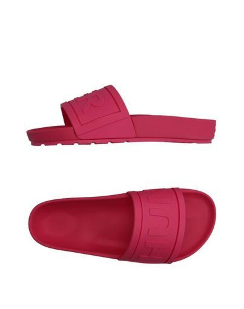 HUNTER FOOTWEAR Sandals Women on YOOX.COM