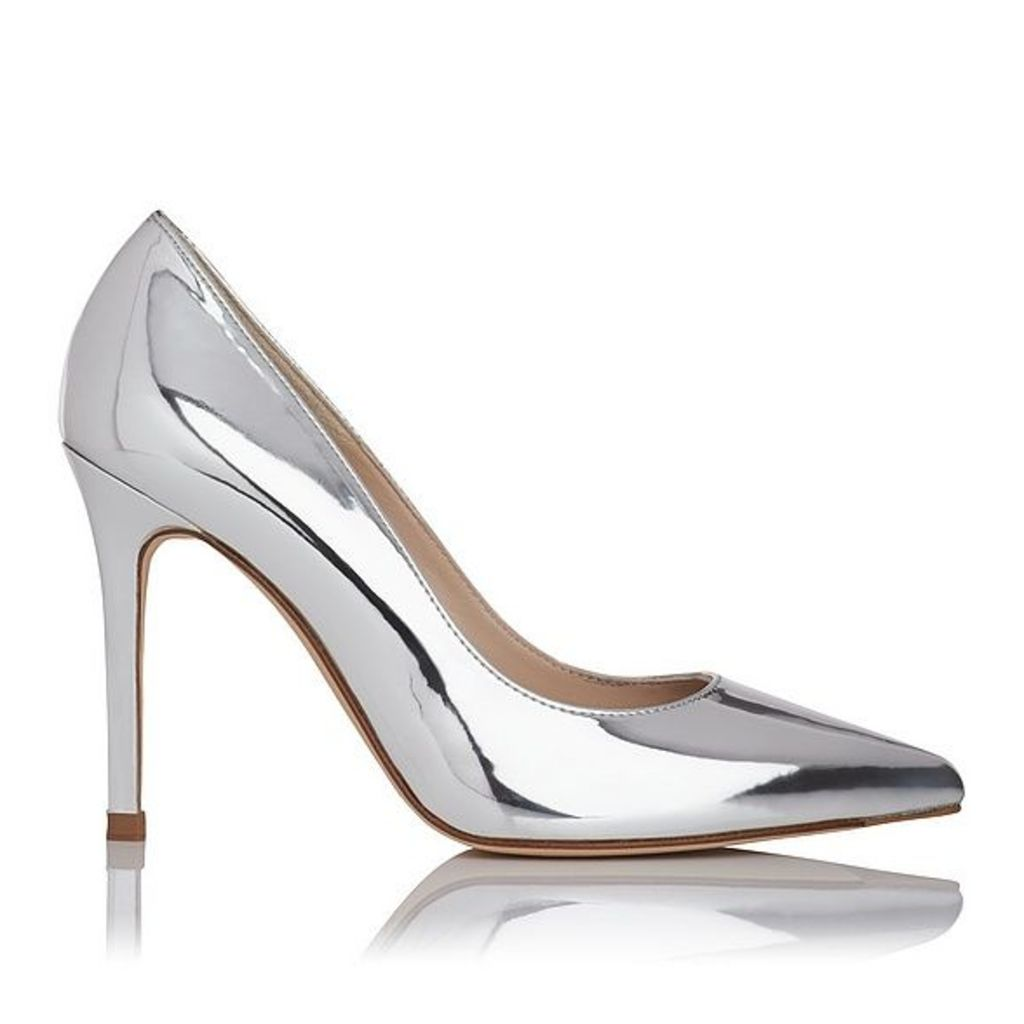 Fern Metallic Silver Closed Courts