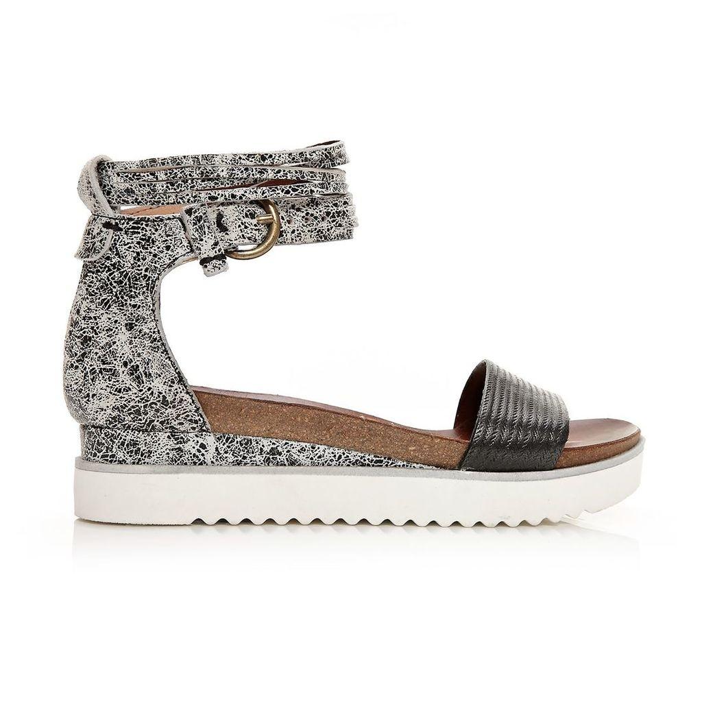 Moda in Pelle Pomi Monochrome Low Casual Sandals