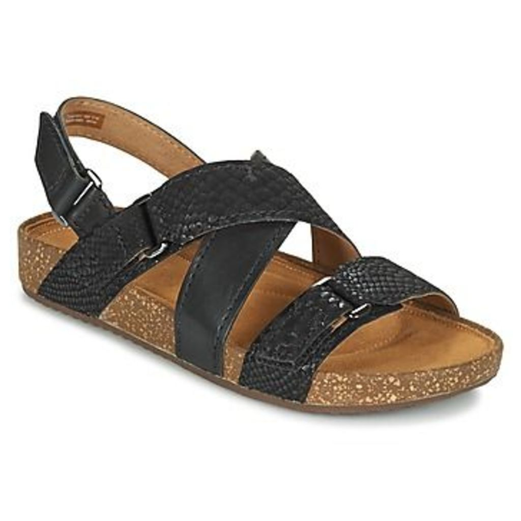 Clarks  ROSILLA ESSEX  women's Sandals in Black