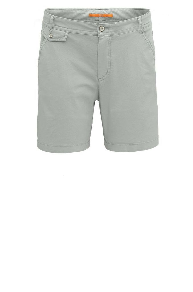 Relaxed-fit chino shorts in stretch cotton: `Sochina-D`