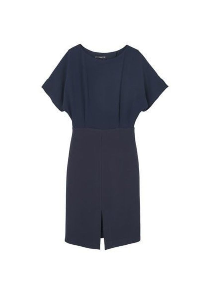 Contrasting dress