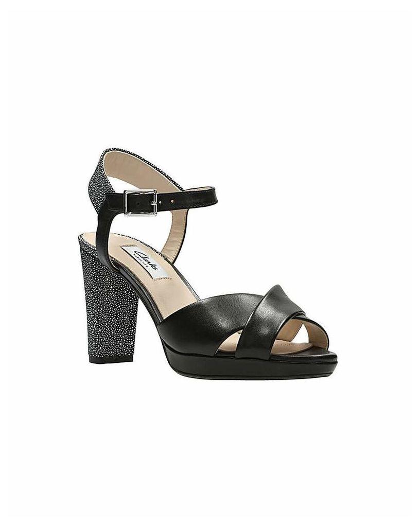 Clarks Kendra Petal Sandals
