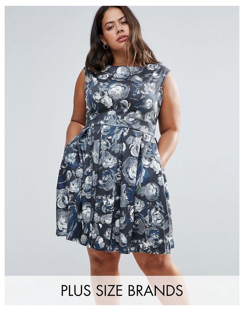 Closet Plus Skater Dress In Artistic Floral Print - Multi