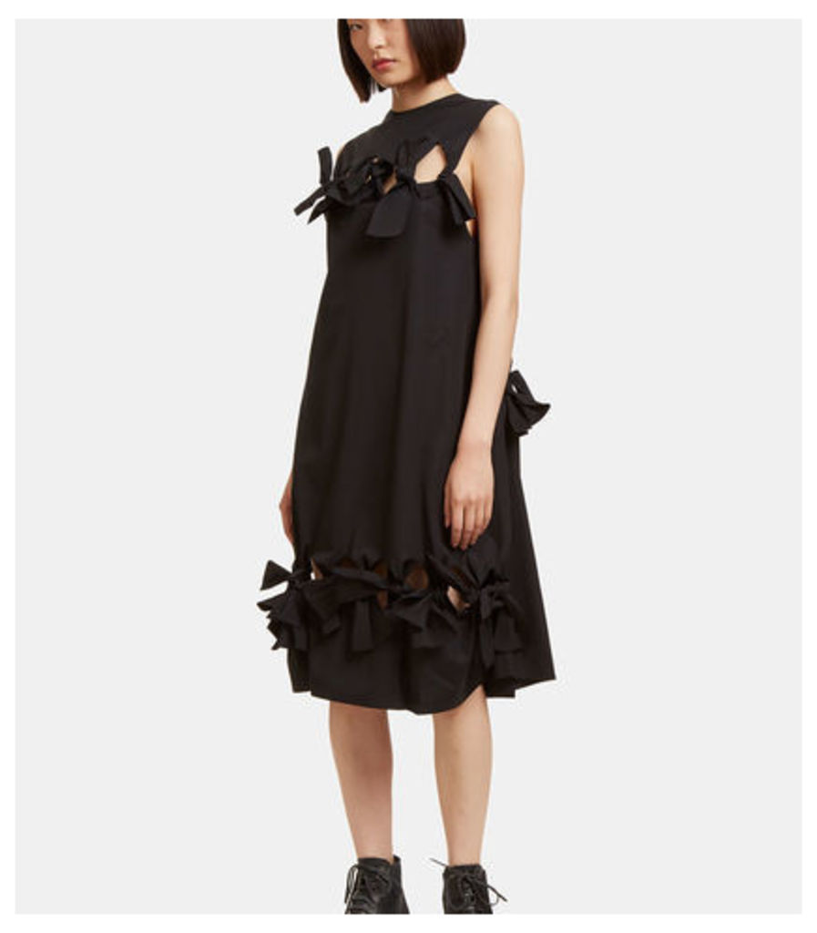 Oversized Bow Tied Dress