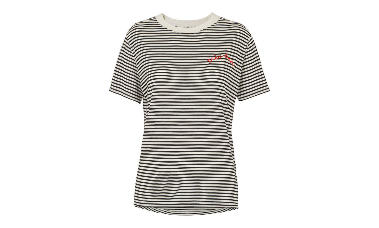 Tres Bon Embroidered T Shirt