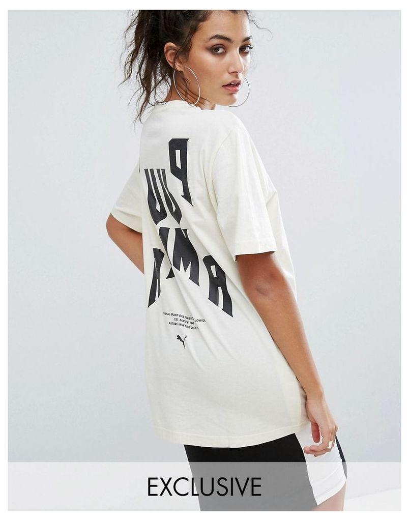Puma Exclusive To ASOS Statement Oversized Short Sleeve T-Shirt - Whiteasparagus/black