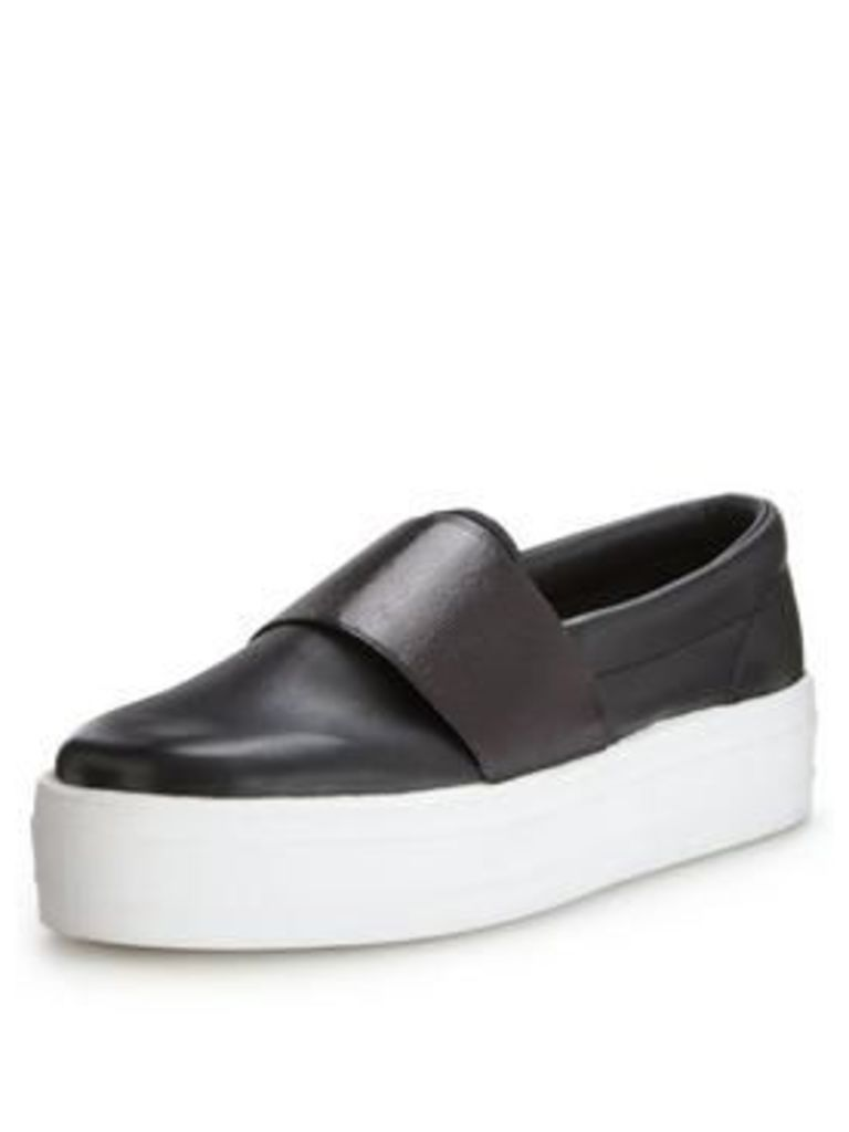 V By Very Peanut Black Elastic Plimsoll