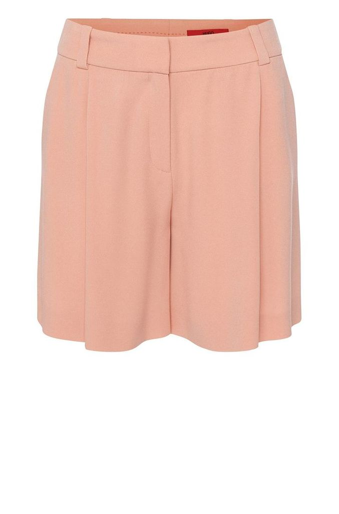 High-rise fitted shorts with waist pleats: `Herki`