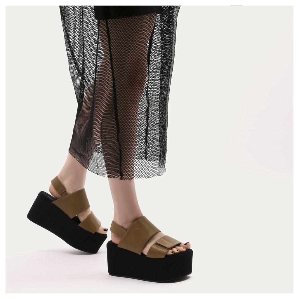 Pixie Velcro Strap Flatform Sandals in Tan