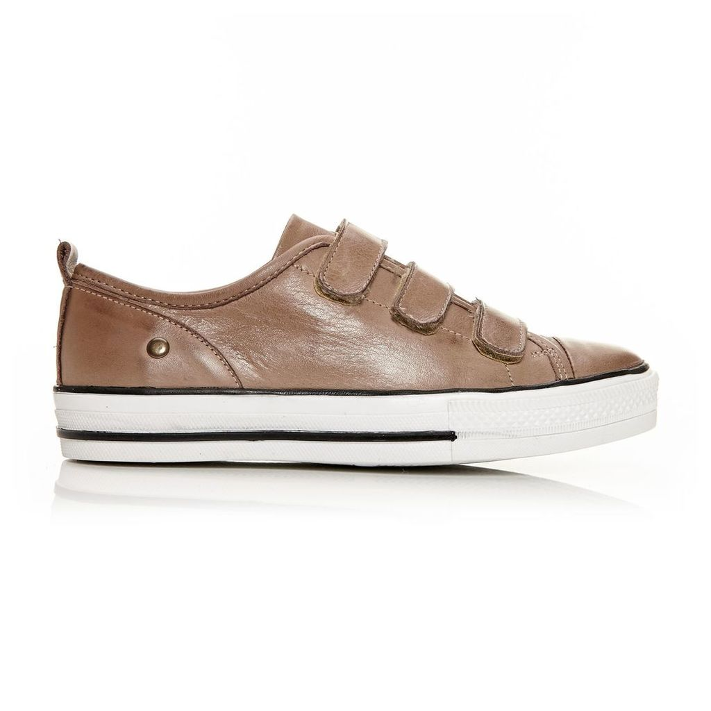 Moda in Pelle Adorie Taupe Low Leisure Shoes