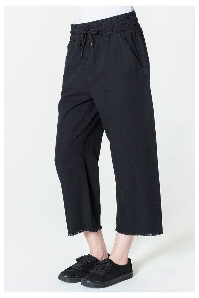 Flow Crop Jaded Black Jeans