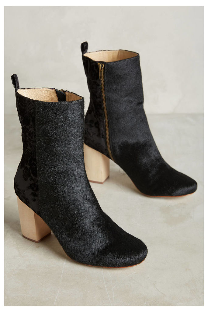Dav Boots