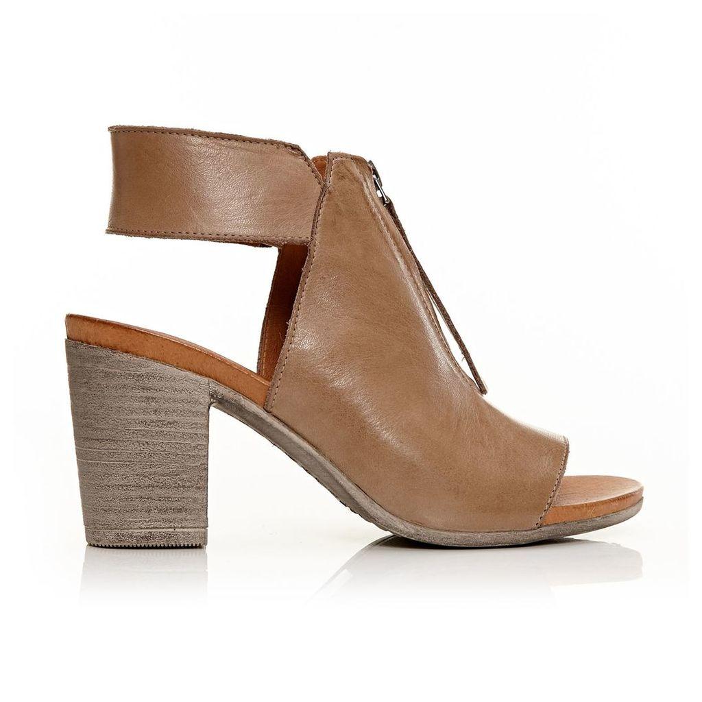 Moda in Pelle Laia Taupe Medium Casual Sandals