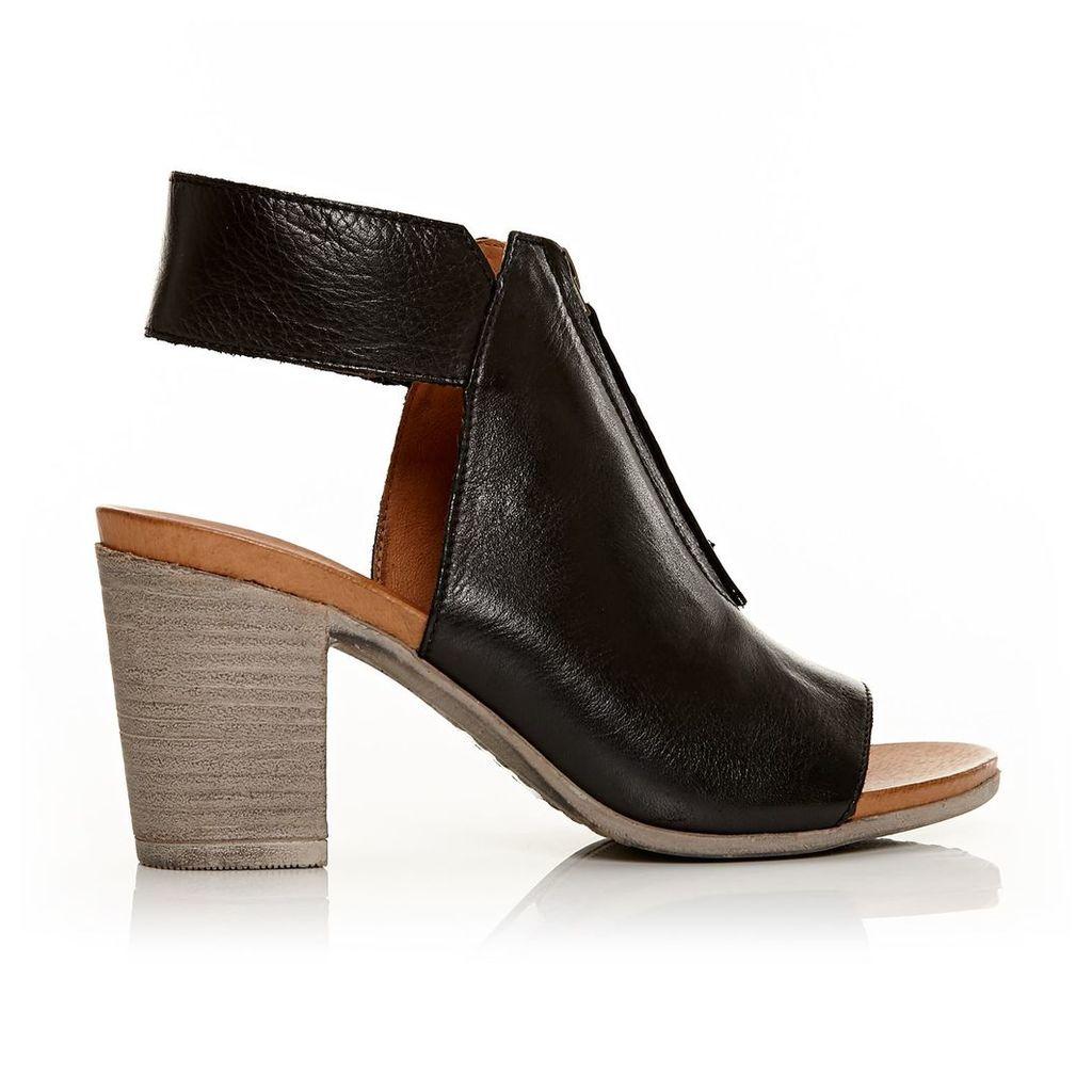 Moda in Pelle Laia Black Medium Casual Sandals